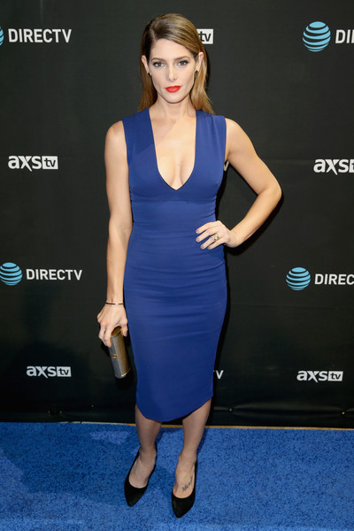Ashley Greene Form-Fitting Dress