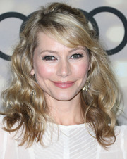 Meredith Monroe wore her curls in a lovely half-up half-down style when she attended the Emmy kickoff party.