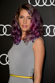 Dawn Olivieri rocked a curly 'do in various shades of purple during the Golden Globes Weekend celebration.