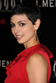 Morena Baccarin showed off her short pixie cut at the 2011 Golden Globe Awards.