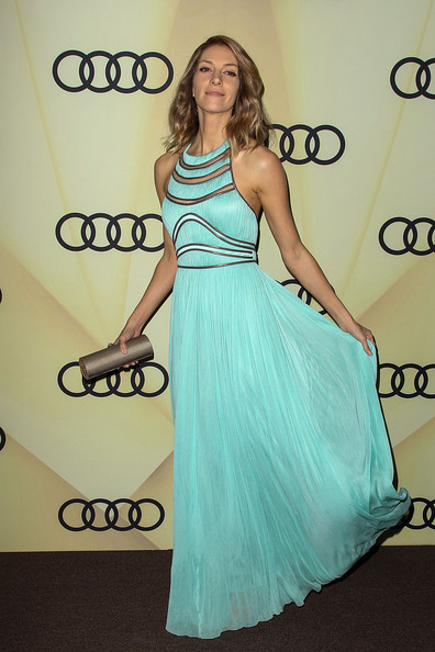 More Pics of Dawn Olivieri Evening Dress (4 of 7) - Evening Dress Lookbook - StyleBistro