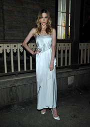 Jaime King wore a sultry slip-inspired satin dress with matching silver pumps.