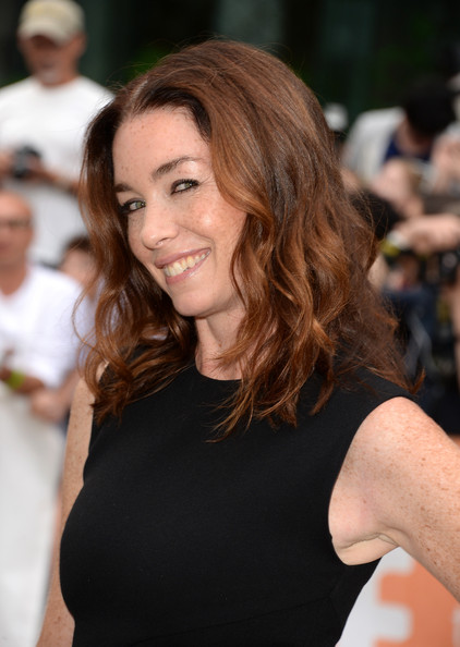 More Pics of Julianne Nicholson Medium Wavy Cut (1 of 12) - Medium Wavy Cut Lookbook - StyleBistro