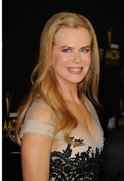 Nicole Kidman wore her tresses long and straight with clipped bangs at the AACTA Awards.