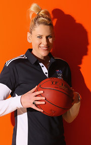Lauren Jackson's hair knot was a fun finish to her sporty look.