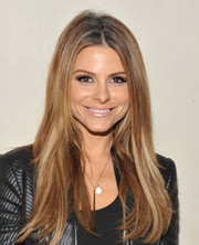 Maria Menounos opted for a casual center-parted hairstyle when she attended the Autism Speaks' Blue Jean Ball.