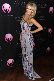Delta Goodrem oozed a diva-ish aura in a floor-sweeping print dress at the Avon Voices finale.