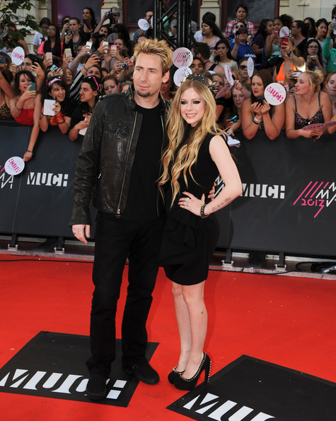Avril Lavigne Little Black Dress