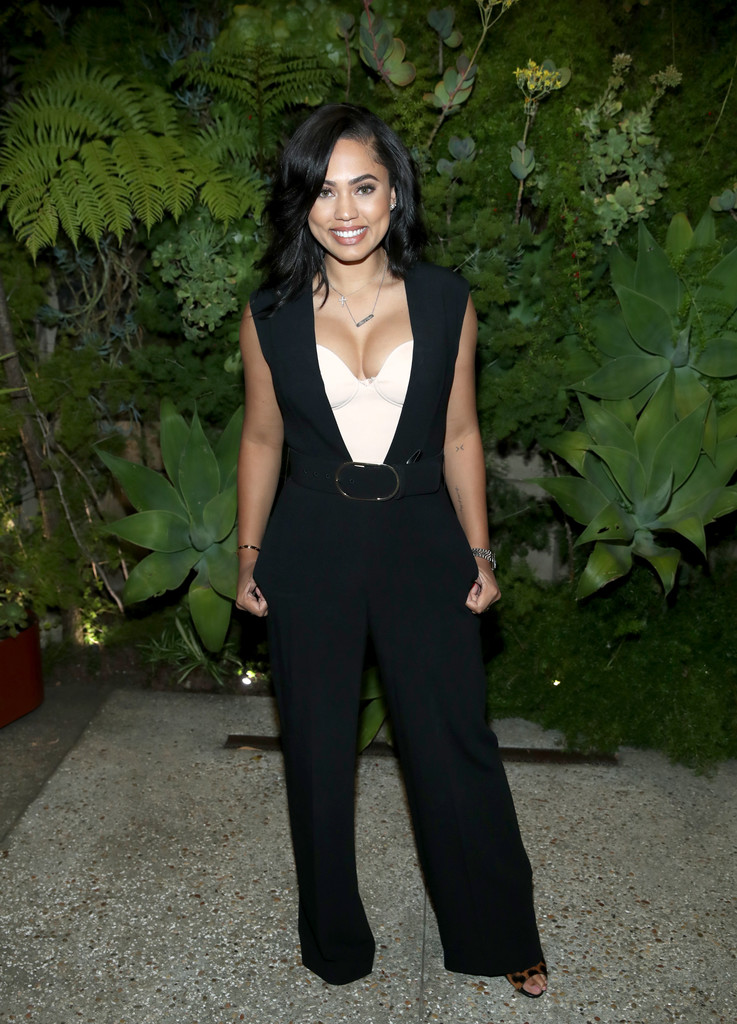 Ayesha Curry Looks Stylebistro