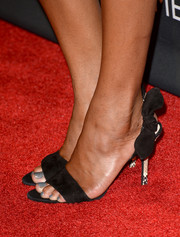 Sufe Bradshaw stepped out in adorable bow-adorned evening sandals at the BAFTA LA TV Tea.