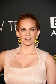 Anna Chlumsky went for simple styling with this basic ponytail when she attended the BAFTA LA TV Tea.
