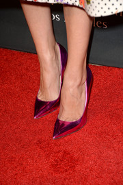 Allison Williams added lovely color to her ensemble with a pair of metallic purple pumps when she attended the BAFTA LA TV Tea.