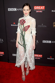 Rachel Brosnahan sealed off her look with strappy gray pumps by Malone Souliers.