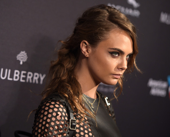 Cara Delevingnes Edgy Ponytail The Best Celebrity Hair Looks Of