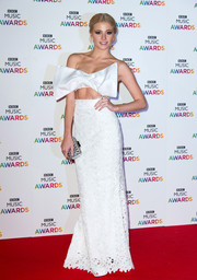 Pixie Lott came wrapped in a white Bambah bow crop-top to the BBC Music Awards.