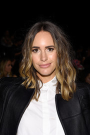 Louise Roe wore her hair down in sweet, spiral waves during the BCBG Max Azria fashion show.