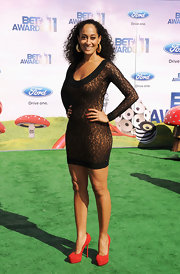Tracee Ellis Ross showed off her sexy figure in a form-fitting black and flesh tone dress at the BET Awards.
