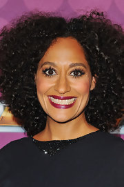 Tracee Ellis Ross wore false eyelashes to give her eyes that extra pop.