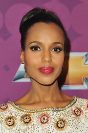 Kerry Washington let her facial features shine with this sleek updo.