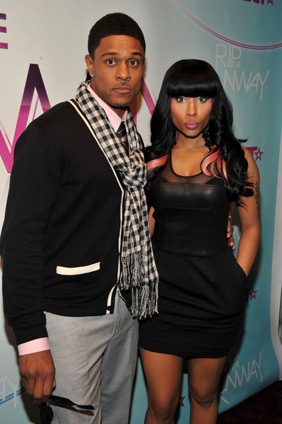 More Pics of Nicki Minaj Long Curls with Bangs (1 of 5) - Nicki Minaj Lookbook - StyleBistro