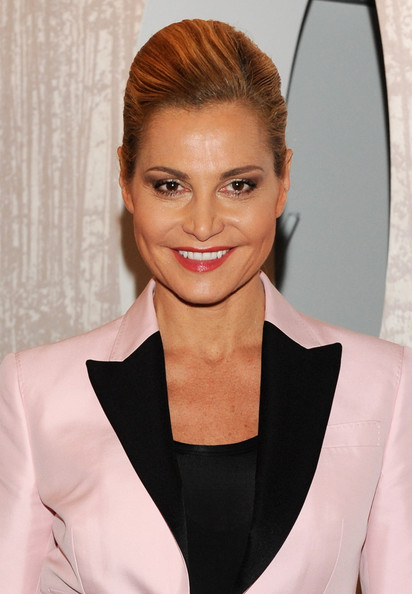 Simona Ventura rocked a towering side-parted pompadour at the BETCAP.TV website launch.