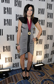 Skylar looked daring at the BMI Pop Music Awards in a gray knit zip-up dress.