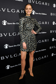 Rachel Skarsten wore a great printed dress at the BVLGARI And Save The Children Pre-Oscar Event.