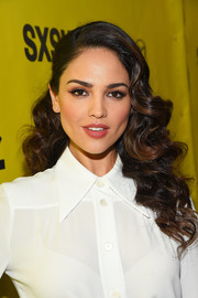 Eiza Gonzalez looked absolutely darling wearing this vintage-glam curly 'do at the SXSW premiere of 'Baby Driver.'