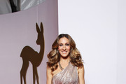 Sarah Jessica Parker arrives for the Bambi 2010 Award at Filmpark Babelsberg on November 11, 2010 in Potsdam, Germany.