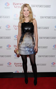 Rosamund Pike gave her Christopher Kane dress a sleek finish with black patent pumps and matching opaque tights.