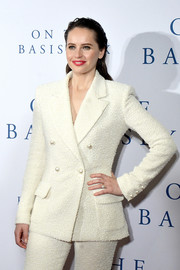 Felicity Jones looked perfectly put together in this ivory tweed jacket and pants combo by Chanel at the Washington D.C. screening of 'On the Basis of Sex.'