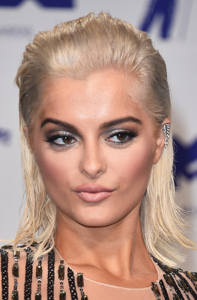 Bebe Rexha Medium Straight Cut