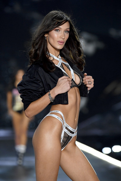 Bella Hadid Link Bracelet [fashion model,clothing,fashion,model,thigh,bikini,beauty,fashion show,leg,muscle,bella hadid,victorias secret fashion show,new york,runway,runway,pier 94]