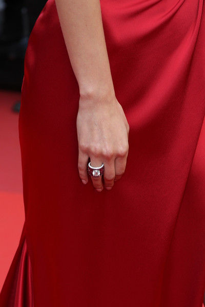 Bella Hadid Diamond Ring [the unknown girl,red,hand,nail,red carpet,dress,finger,carpet,close-up,gesture,ring,red carpet arrivals - the 69th annual cannes film festival,may 18,model bella hadid,premiere,palais des festivals,cannes,france,cannes film festival,ring detail]