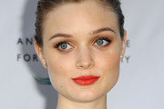 Bella Heathcote Metallic Eyeshadow