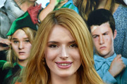 Bella Thorne Long Side Part