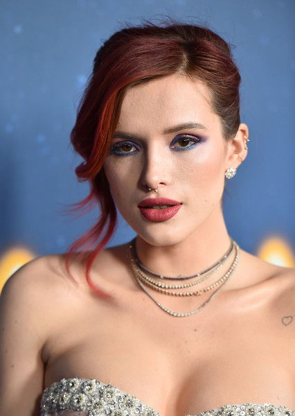 Bella Thorne French Twist