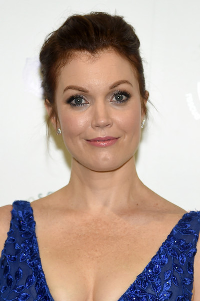 Bellamy Young Messy Updo [hair,face,eyebrow,hairstyle,lip,shoulder,beauty,chin,electric blue,forehead,arrivals,bellamy young,hudson,new york city,pier 60,farm sanctuary,farm sanctuary on the hudson gala,gala]