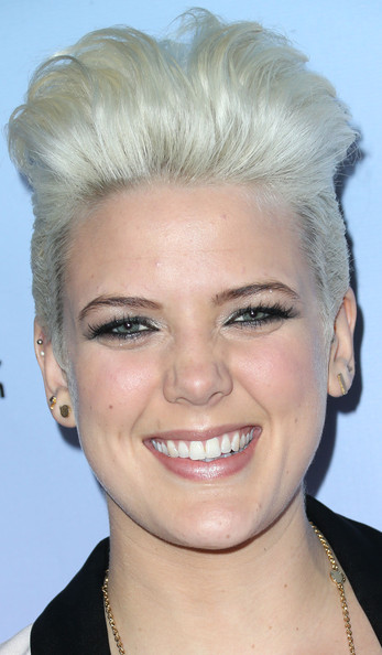Betty Who Fauxhawk [betty who,arrivals,face,hair,eyebrow,hairstyle,chin,blond,forehead,head,lip,nose,friends n family 17th annual pre-grammy party,los angeles,california,park plaza hotel]