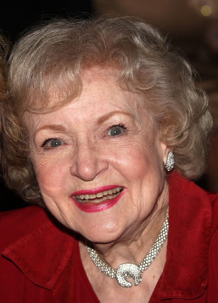 Betty White Short Curls [american women in radio television 2010 genii awards - show,hair,face,facial expression,eyebrow,chin,hairstyle,head,smile,blond,lady,betty white,california,los angeles,skirball cultural center,american women in radio and television 2010 genii awards]