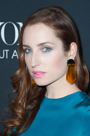 Zoe Lister Jones chose bright yellow decorative earrings to make a fun and playful statement at 'Beyonce: Life is but a Dream' premiere.