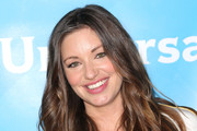 Bianca Kajlich Long Wavy Cut