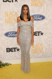 Ciara looked downright glam in a fully beaded off-the-shoulder gown by Zuhair Murad Couture at Black Girls Rock 2019.