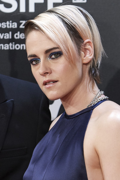 Kristen Stewart wore her hair in a short side-parted style at the San Sebastian Film Festival premiere of 'Blackbird.'