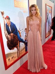 Bella Thorne looked quite the sweet princess in a pink strapless gown by Zac Posen during the premiere of 'Blended.'