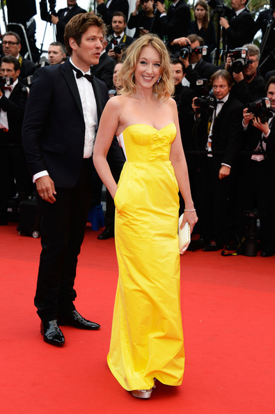 Ludivine Sagnier's sunshine yellow gown featured playful bows on the bust for a super flirty detail.