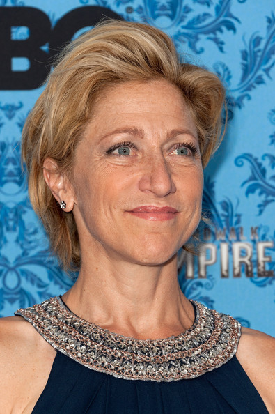 Edie Falco kept it casual with this teased short 'do at the premiere of 'Boardwalk Empire' season 2.
