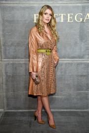 Kitty Spencer donned a stylish tan leather coat by Bottega Veneta for the brand's Fall 2018 show.