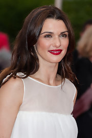 This red lip added some vibrant color to Rachel Weisz's all white dress at 'The Bourne Legacy' premiere.