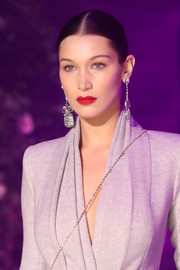 Bella Hadid showed off a super-sleek center-parted ponytail at the Brandon Maxwell fashion show.